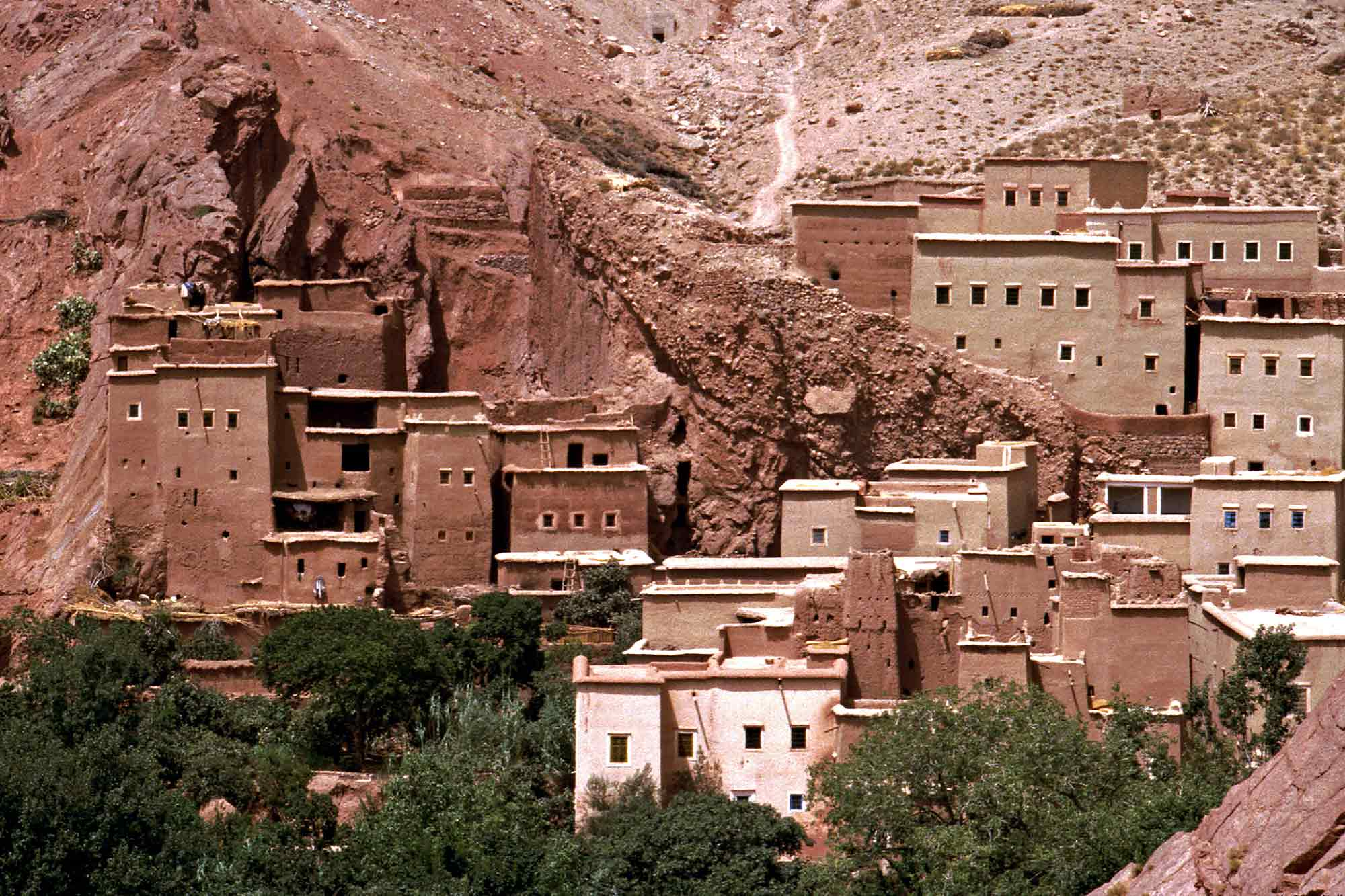 buildings-in-mountain-morocco-africa