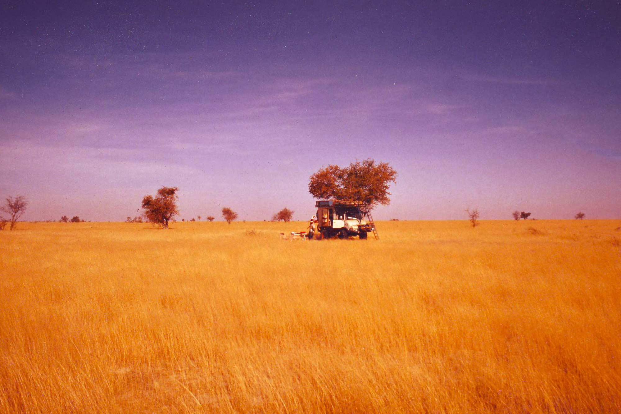 camping-kenya-africa-unimog