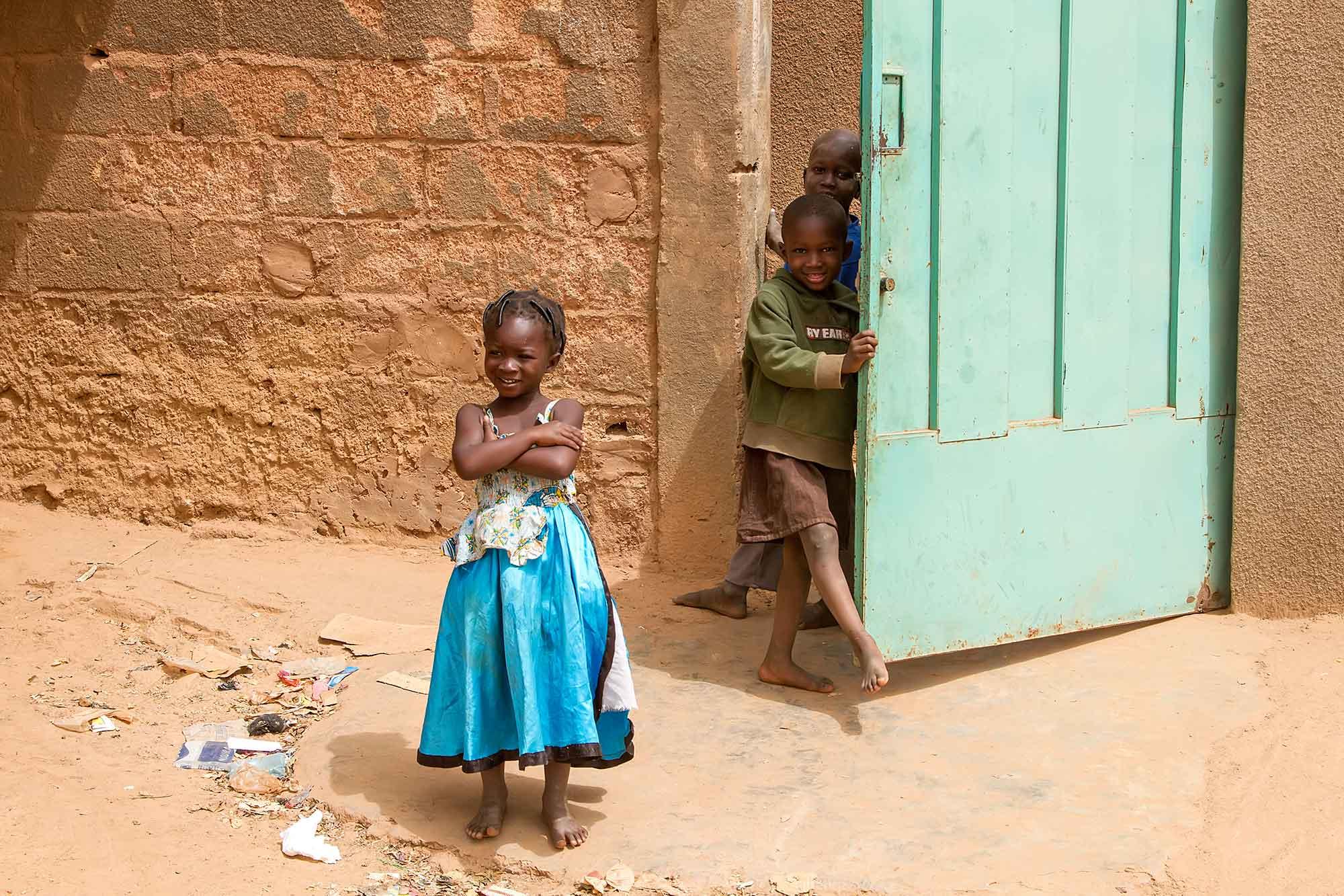 children-playing-in-ougadougou-burkina-faso-africa