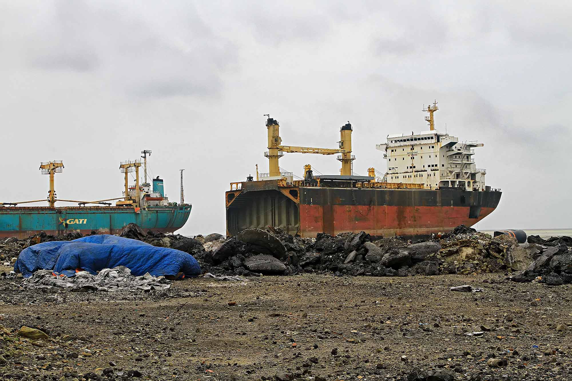 chittagong-shipbreaking-yard-5