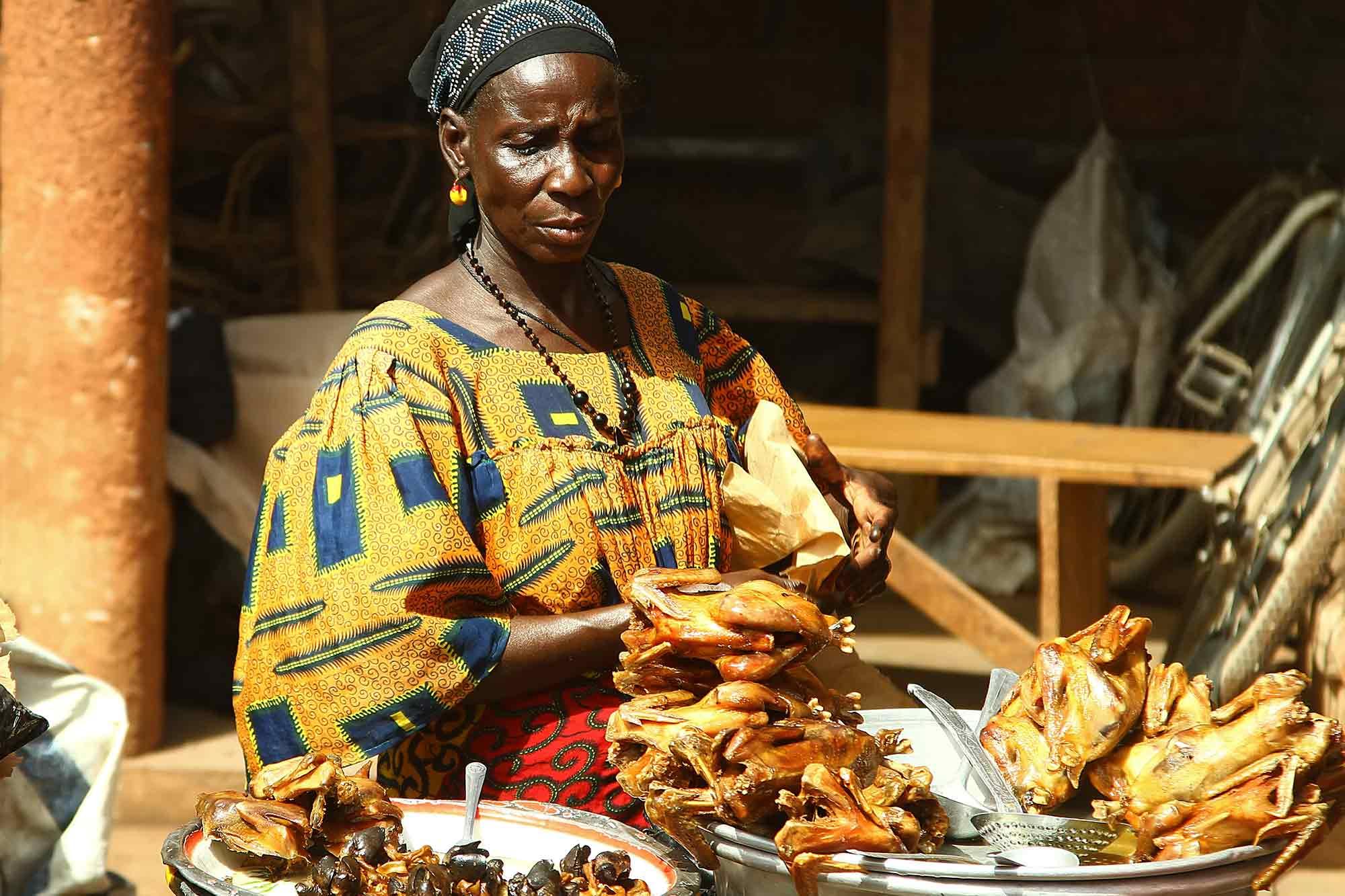 At a market in Ouagadougou, Burkina Faso. © Ulli Maier & Nisa Maier