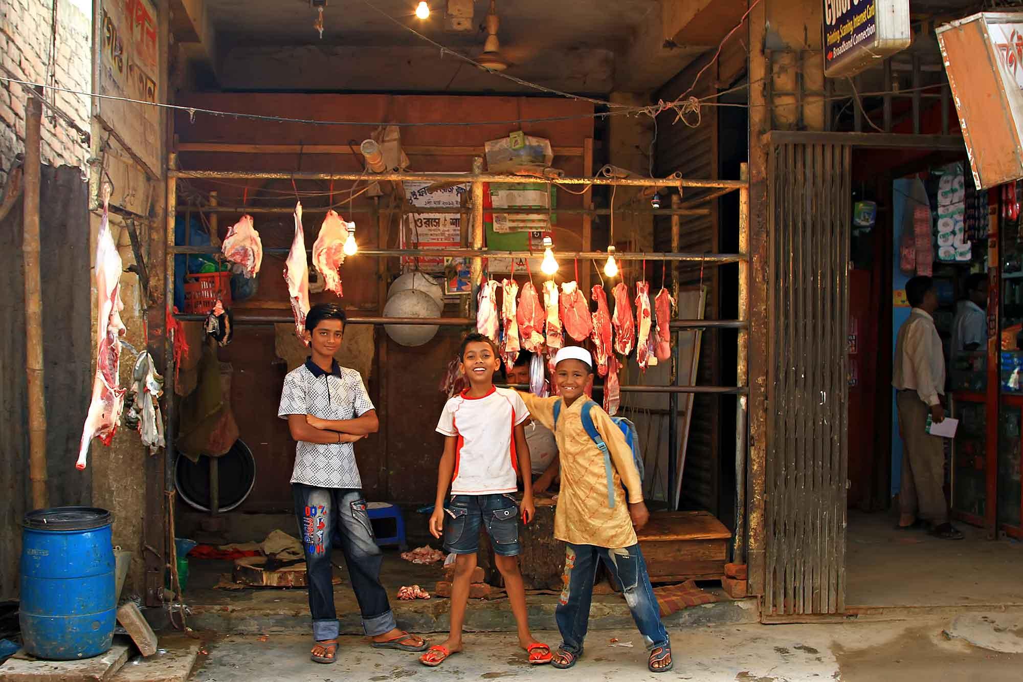 Meat shop in Old Dhaka, Bangladesh. © Ulli Maier & Nisa Maier