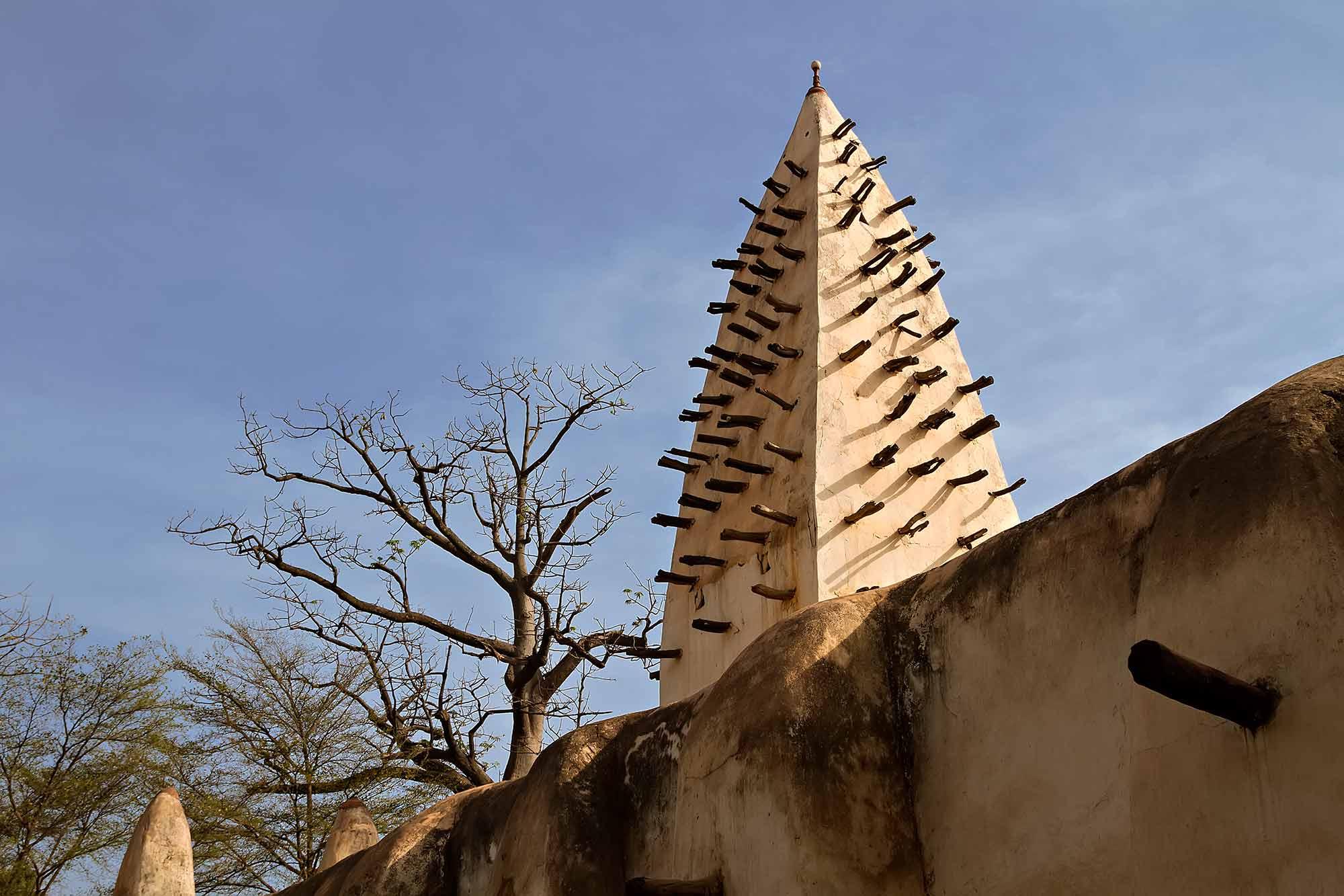 mosque-bobodioulasso-burkina-faso-africa