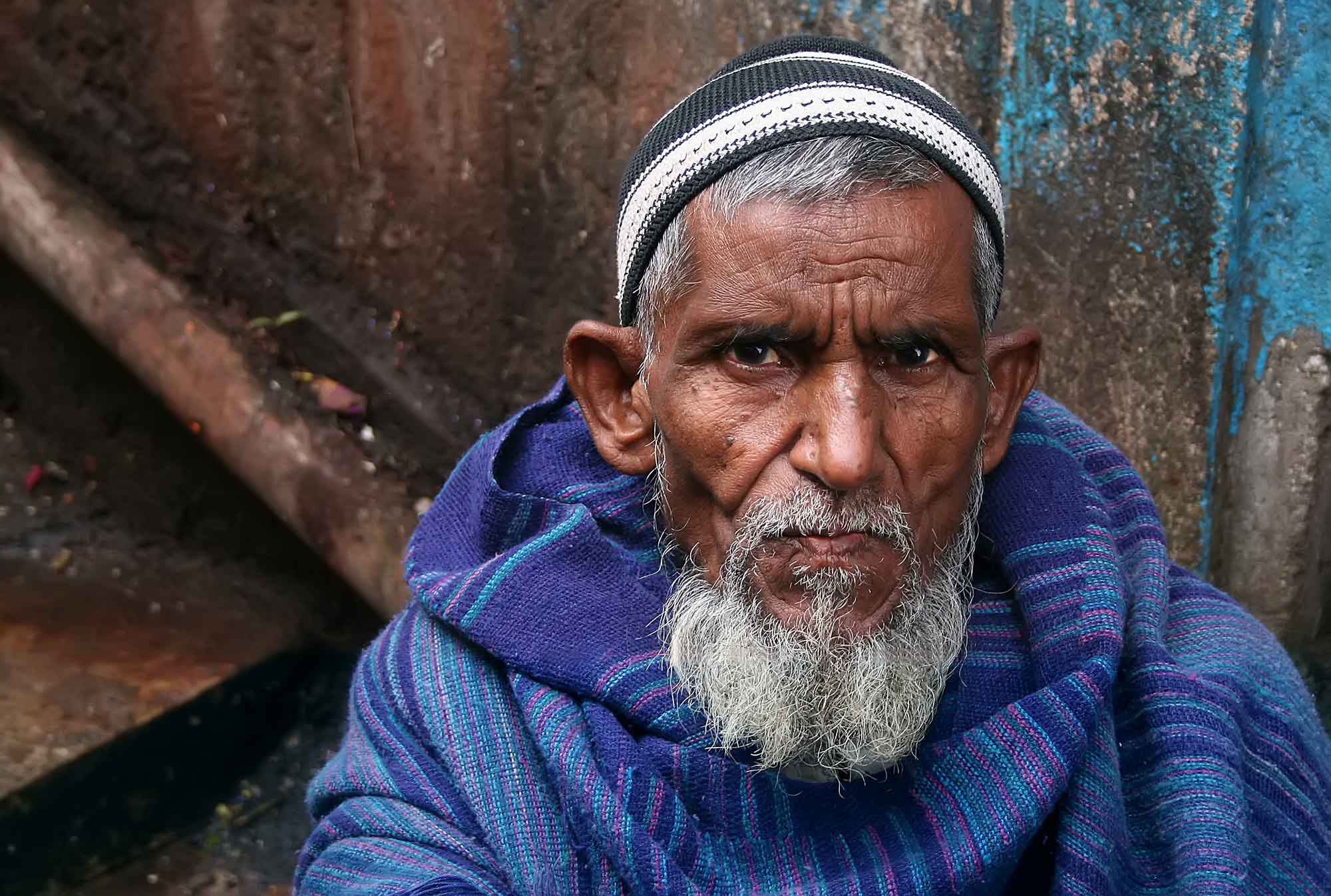 portrait-old-man-darjeeling-india