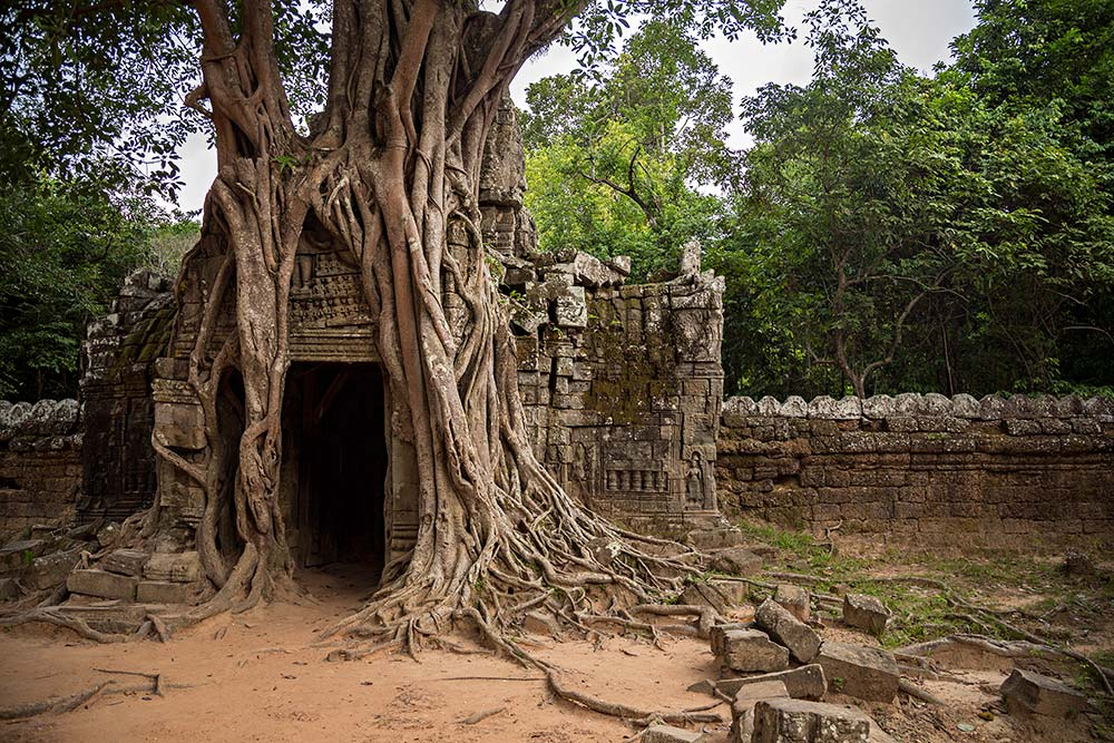ta-som-temple-angkor-wat-cambodia-featured