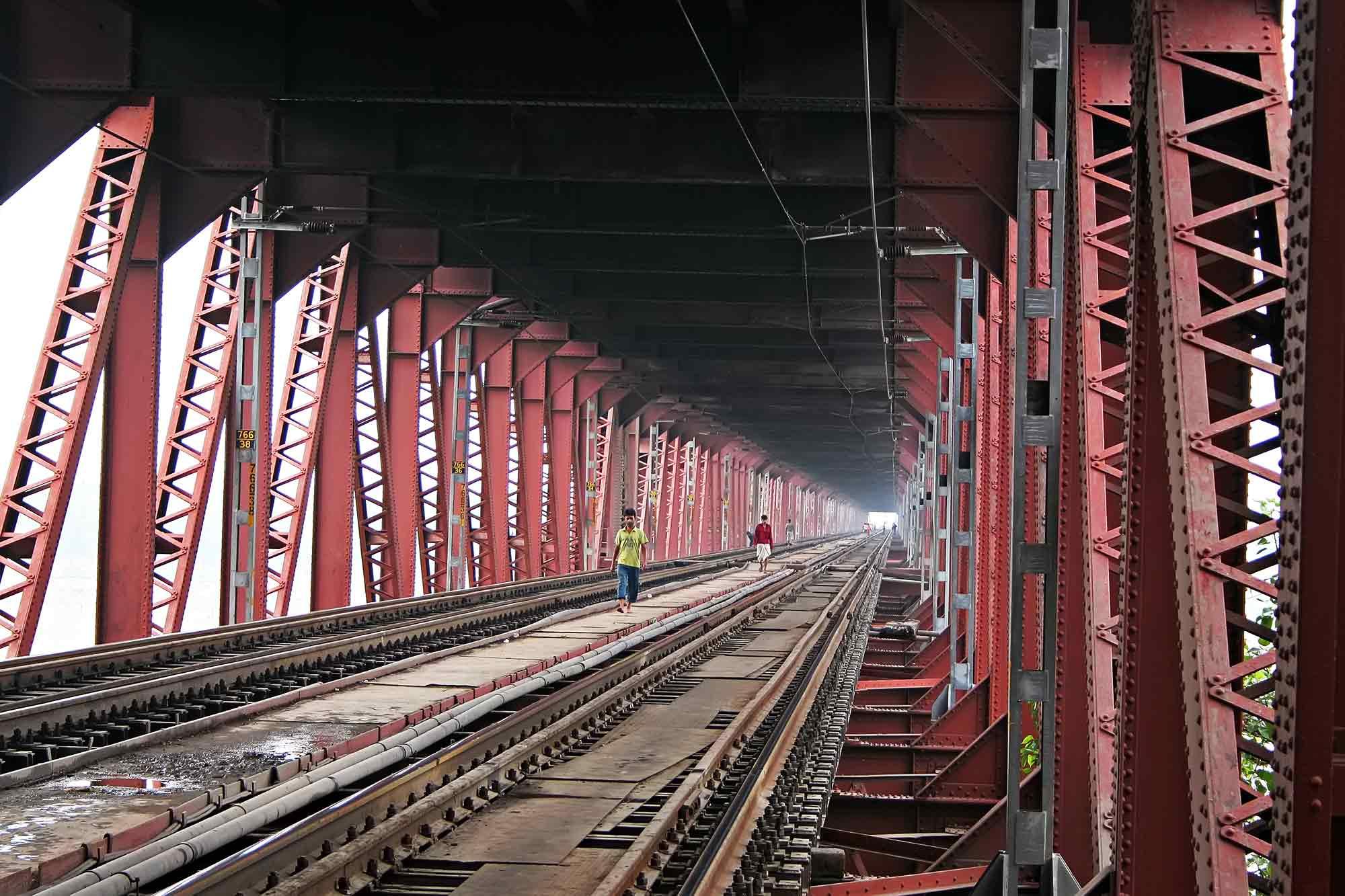 varanasi-bridge-india