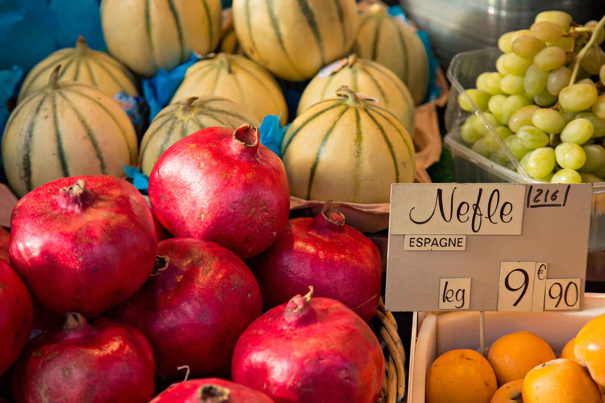 Fresh Pomegranate at a market in Paris, France. © Ulli Maier & Nisa Maier