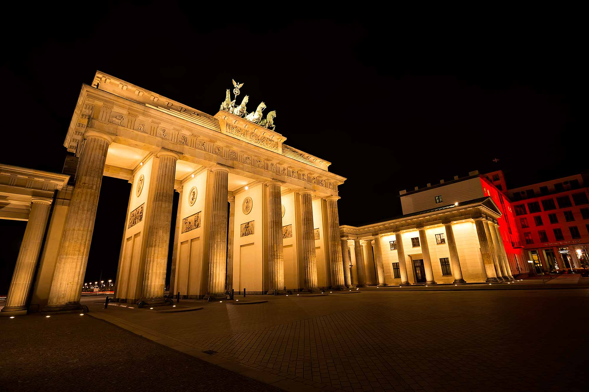 The Brandenburger Gate in Berlin. © Ulli Maier & Nisa Maier