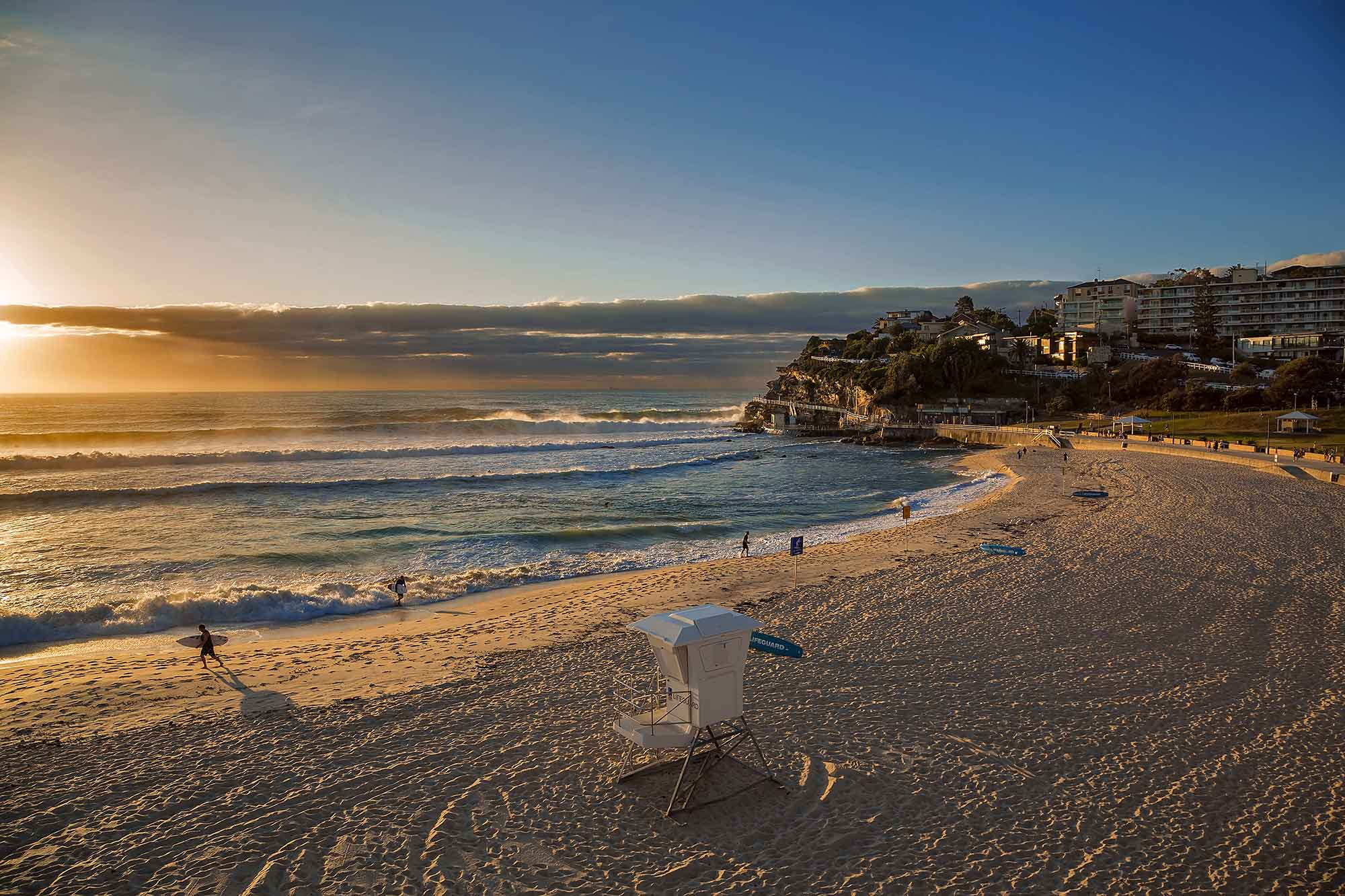 Sydney Coastal Walk: Sunrise at Bronte Beach. © Ulli Maier & Nisa Maier