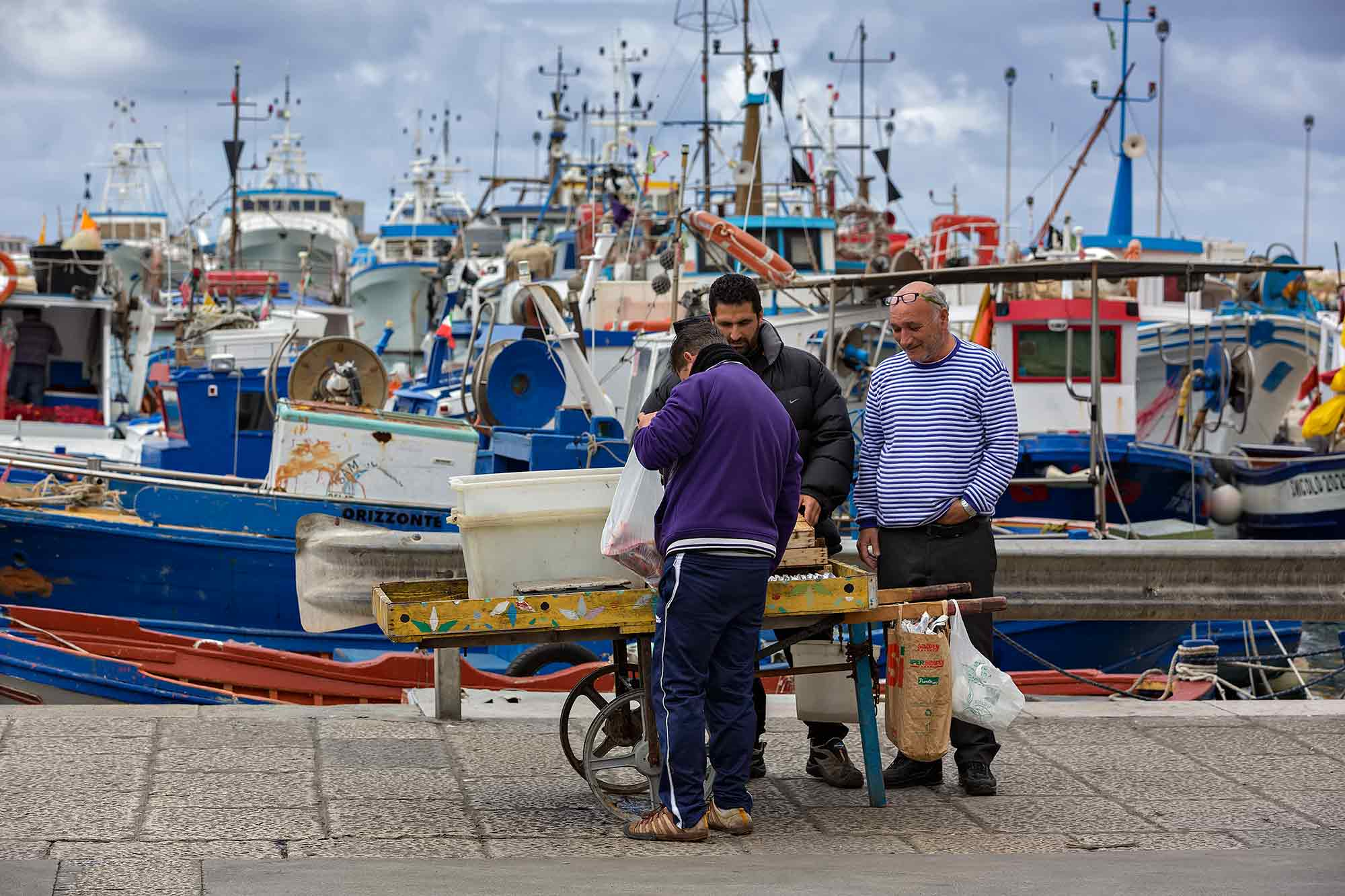 At the fish market in the harbour of Trapani, Sicily. © Ulli Maier & Nisa Maier