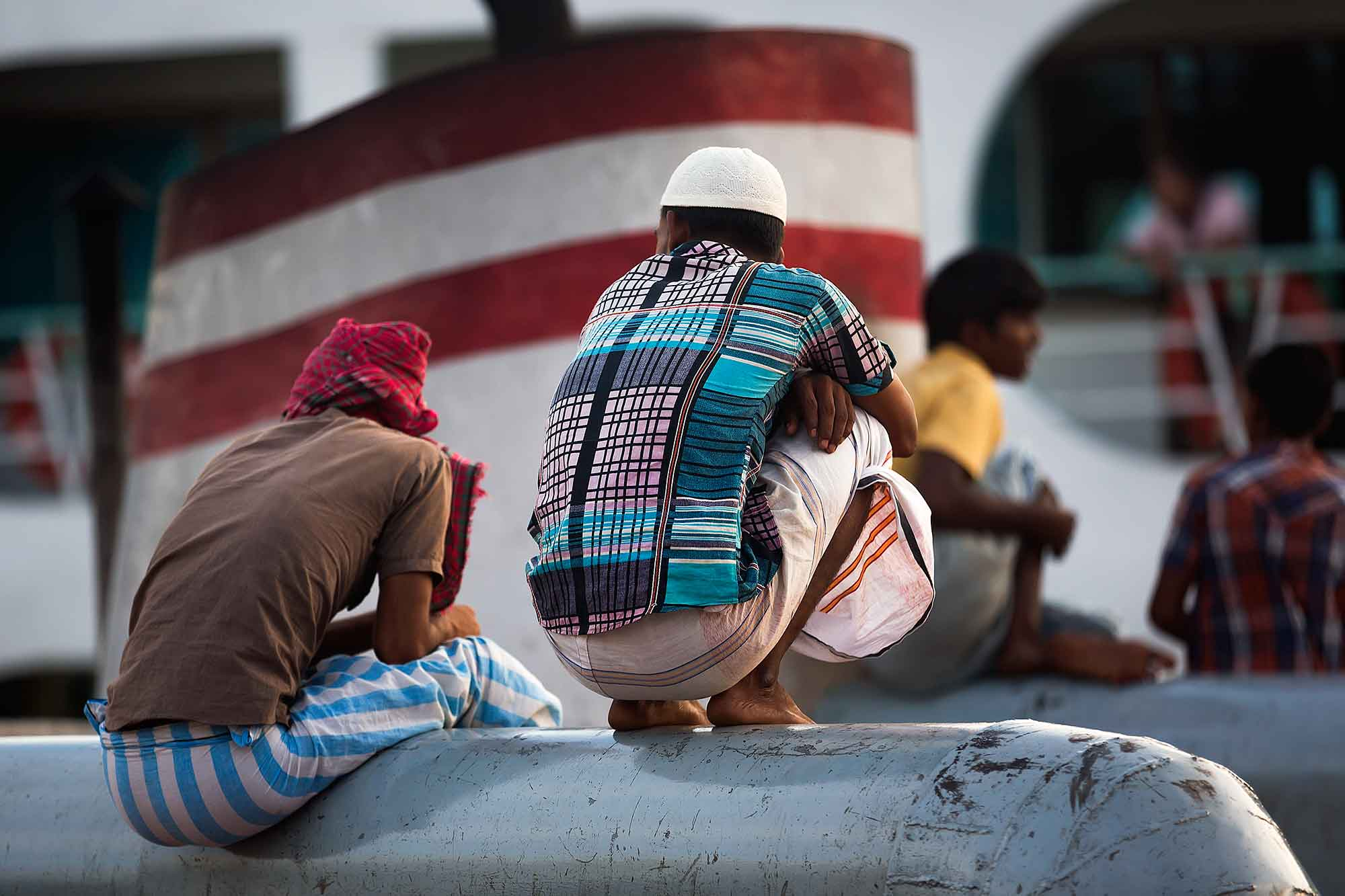 Waiting for the launch to depart from Sadarghat port in Dhaka, Bangladesh. © Ulli Maier & Nisa Maier