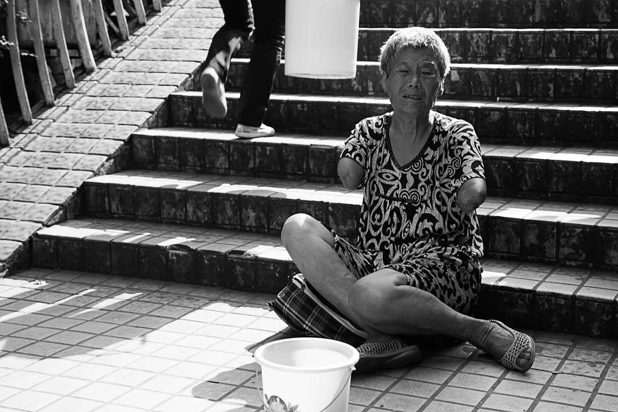disabled-woman-guangzhou-china