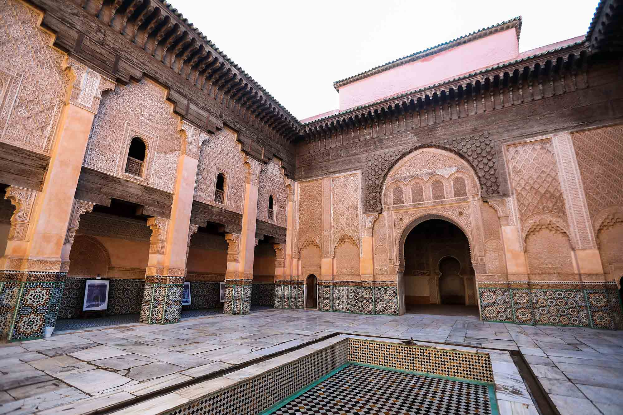 Ben Youssef Medersa still works its charms on visitors. © ULLI MAIER & NISA MAIER