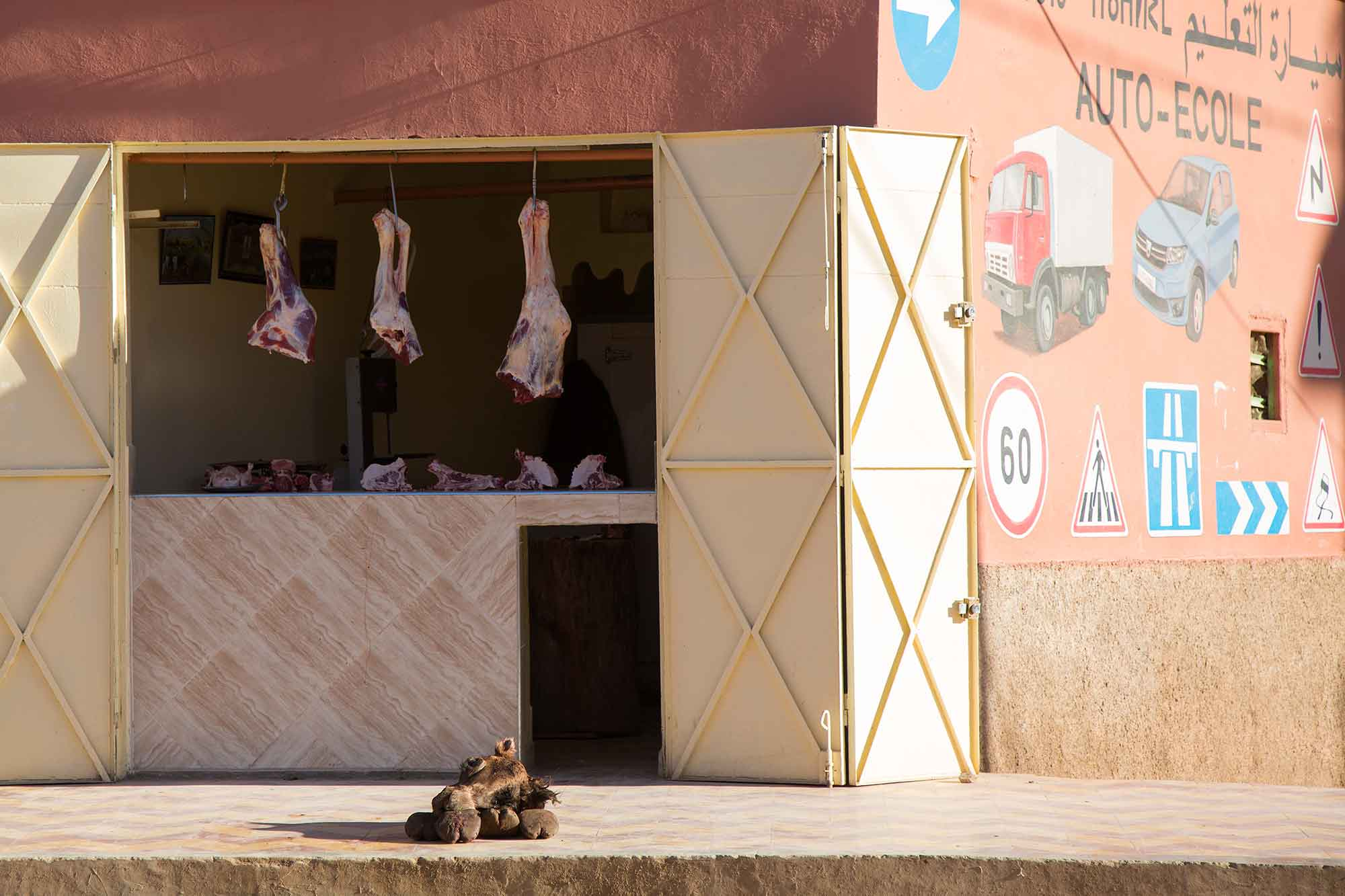 Camel meat is often available at the local markets and restaurants in Morocco. © ULLI MAIER & NISA MAIER