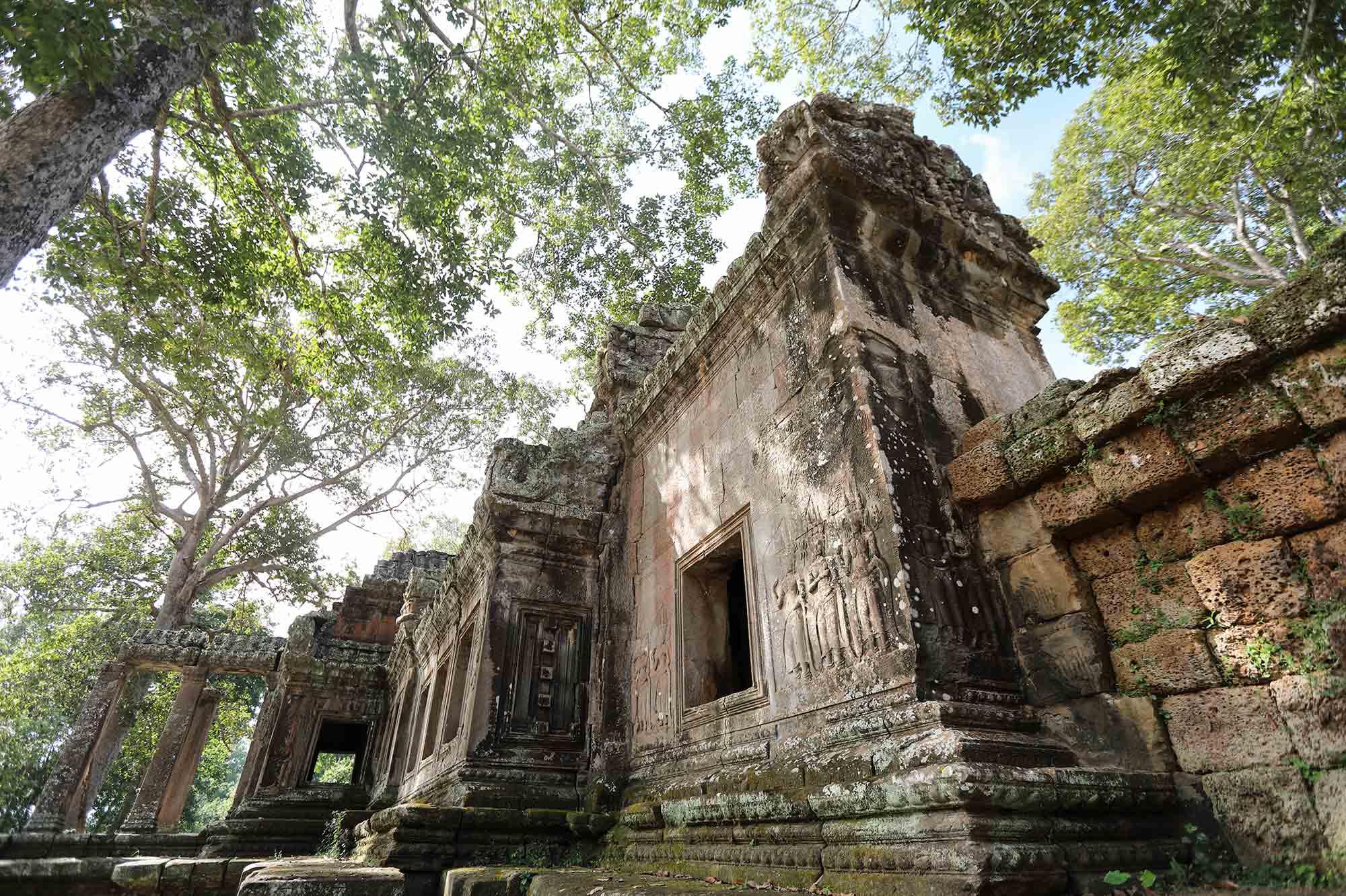 angkor-wat-south-gate-cambodia