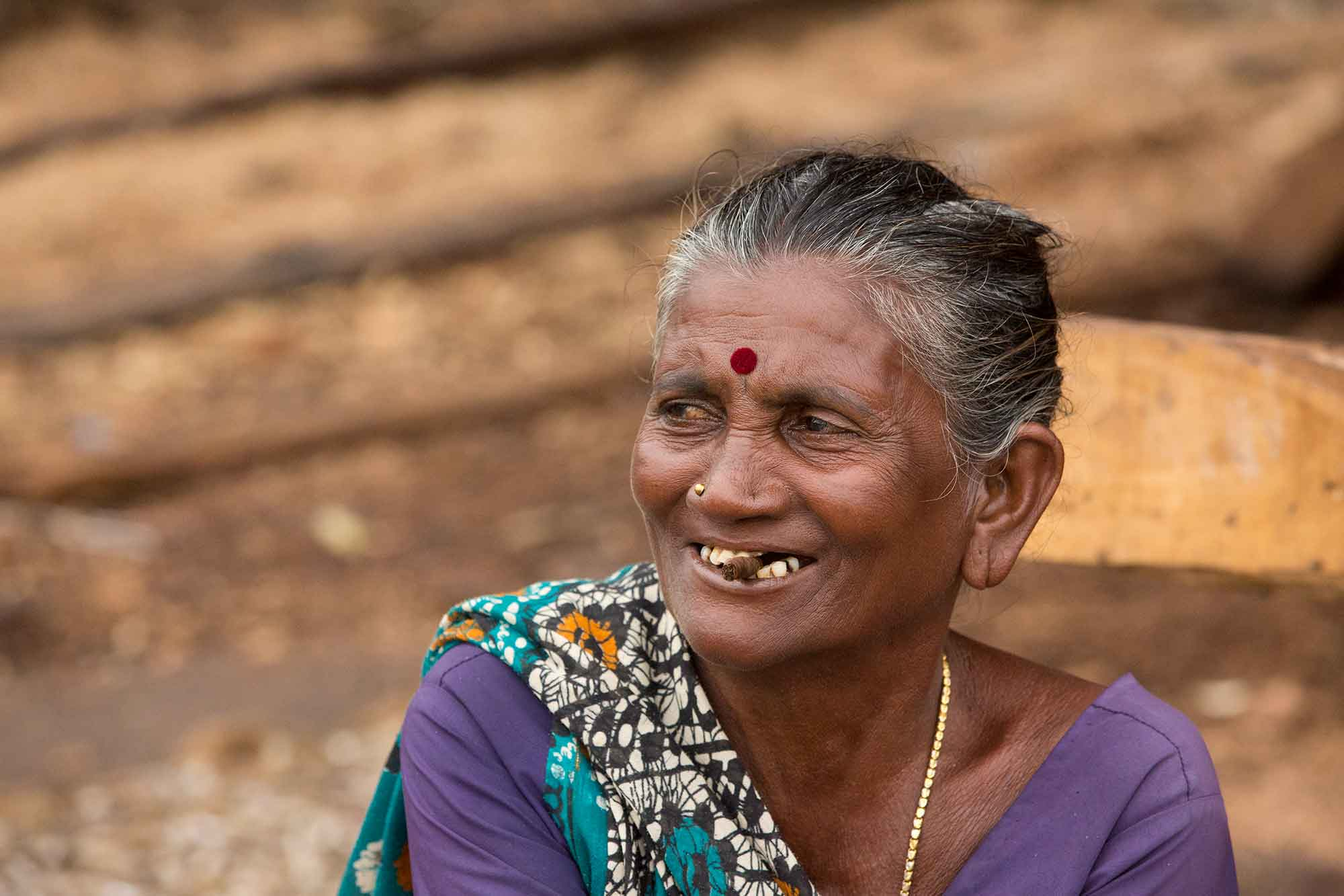 portrait-market-woman-visakhapatnam-india