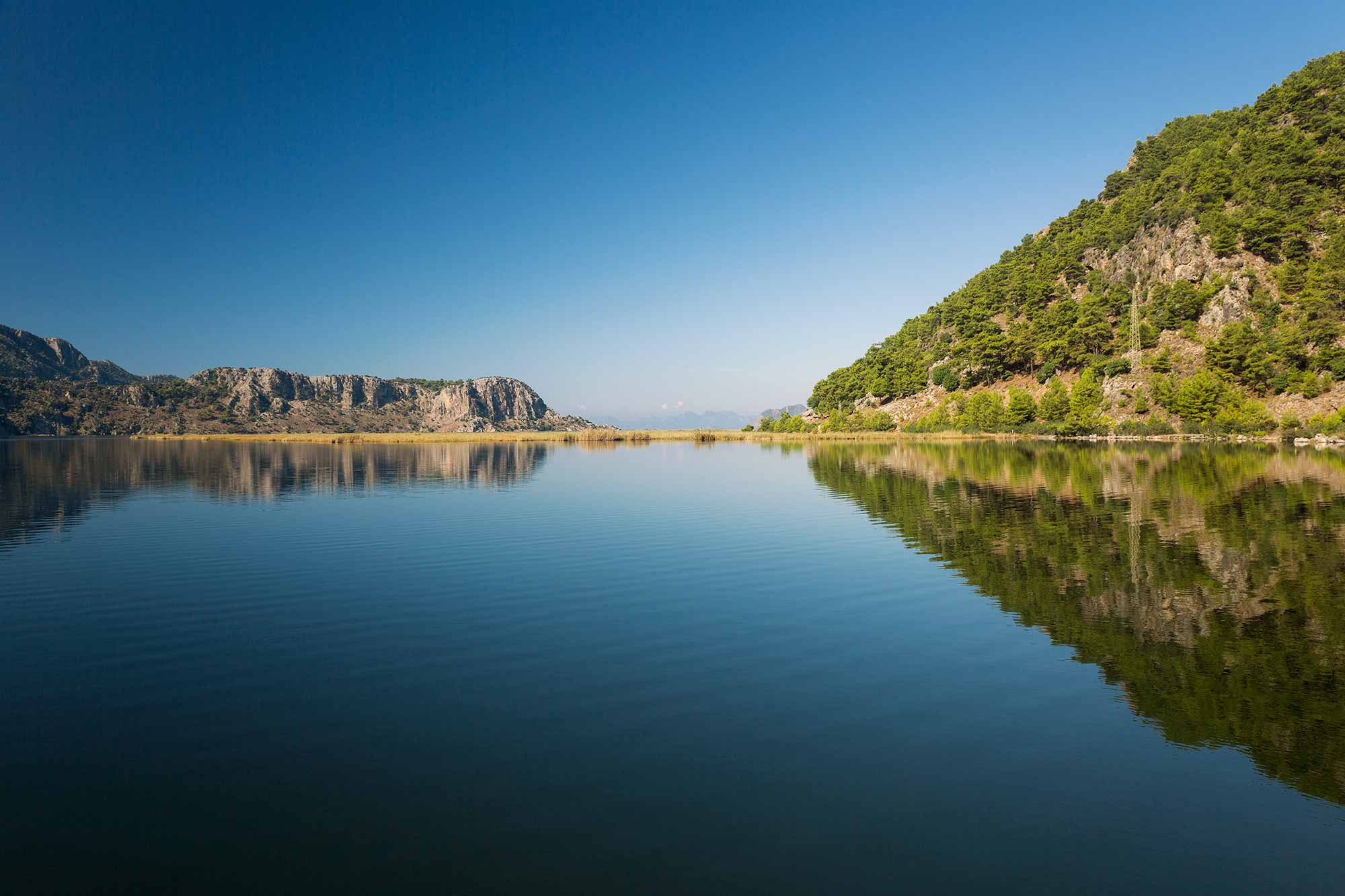 reflection-dalyan-Sülüngür-Gölü-lake-reflection-turkey