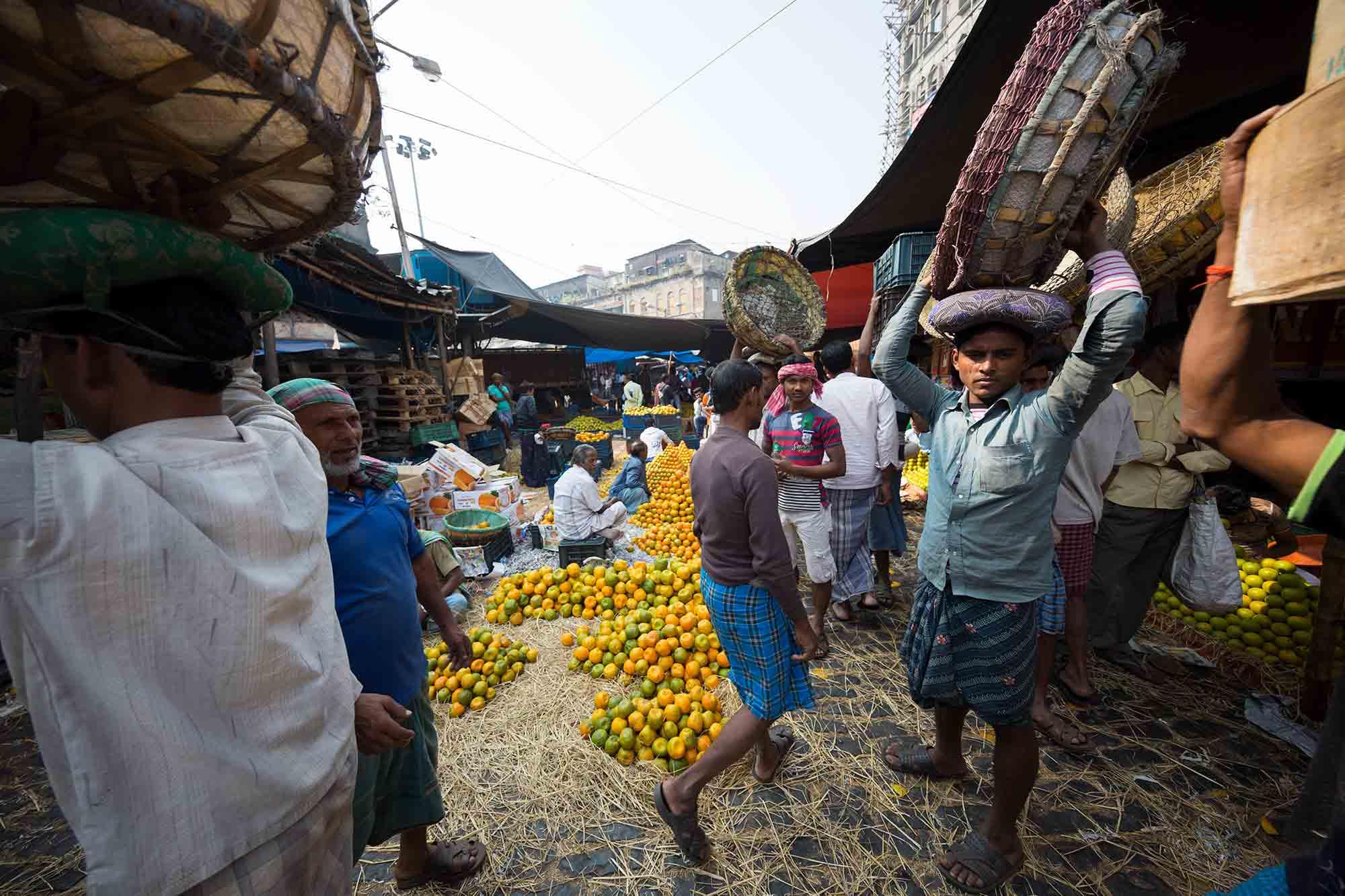 Mechhua-Fruit-Market-kolkata-india-1
