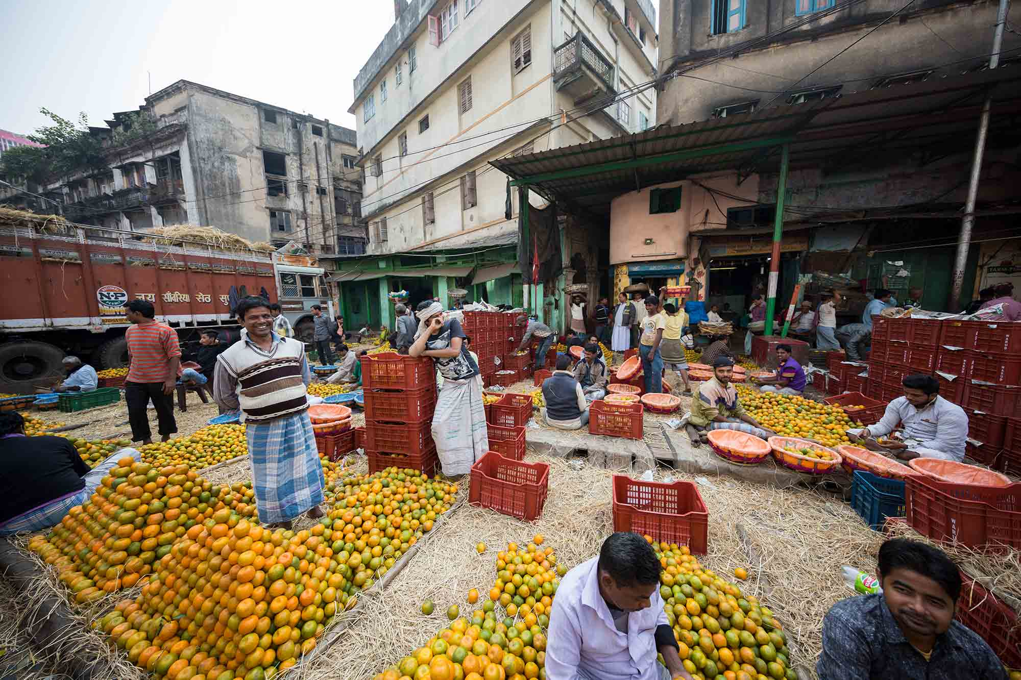 Mechhua-Fruit-Market-kolkata-india-2