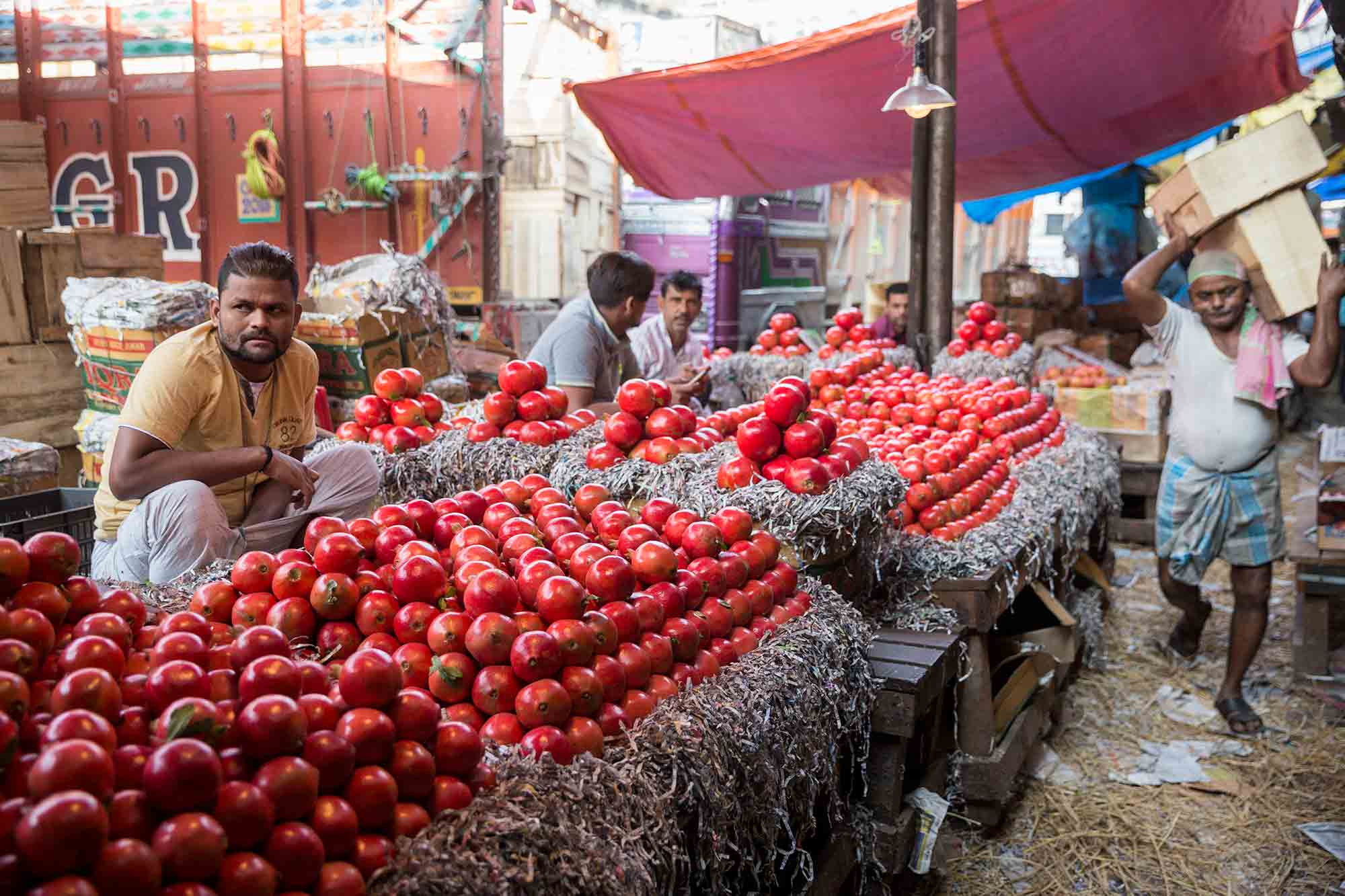 Mechhua-Fruit-Market-kolkata-india-3