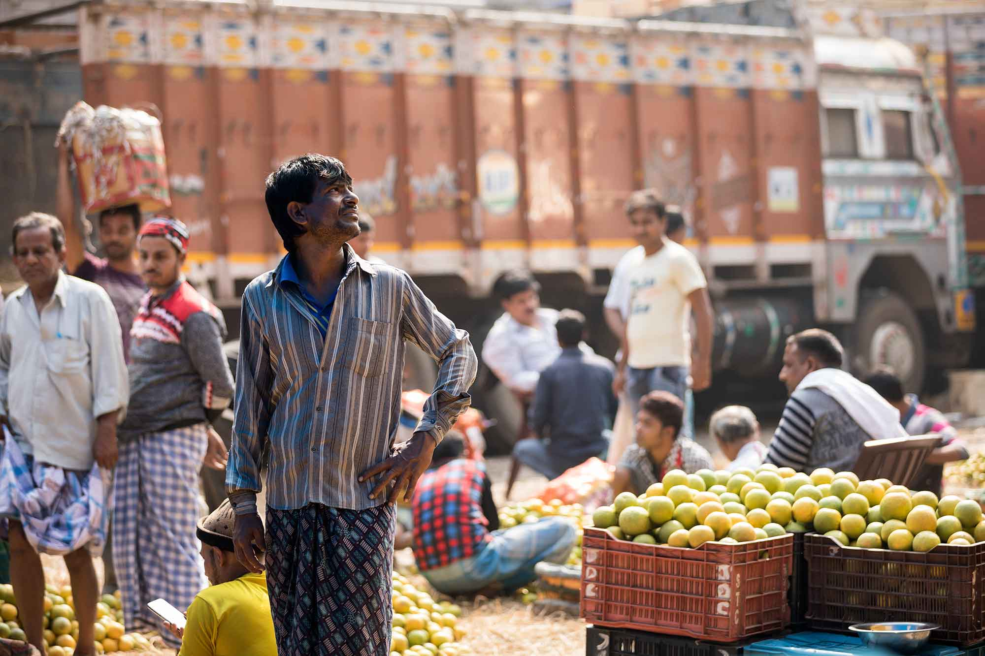 Mechhua-Fruit-Market-kolkata-india