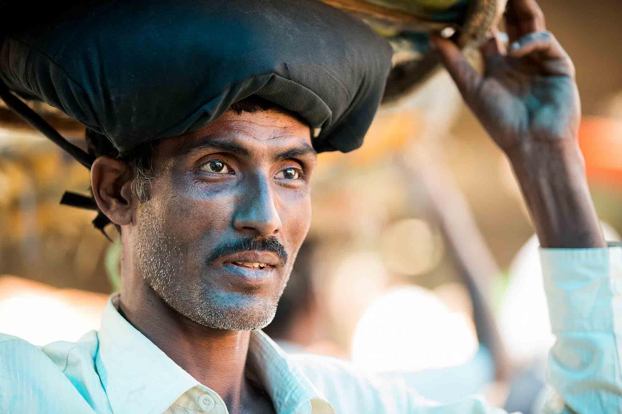 portrait-Mechhua-Fruit-Market-worker-kolkata-india-2